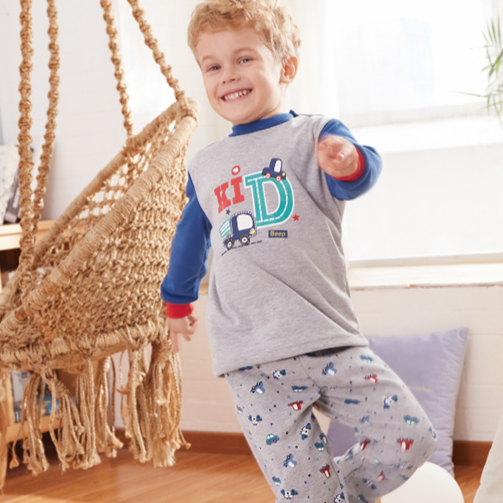 Pijama infantil de interlock estampado coches